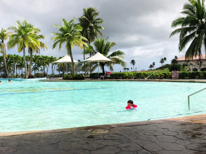 レオパレスリゾートグアム ホテル プール