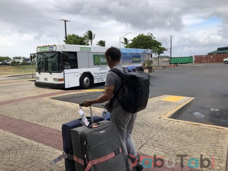 カフルイ空港 レンタカー OGG  Alamo ハワイ マウイ島